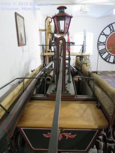 06.08.02 Arget,Heimatmuseum, Feuerwehr-Spritze (f)1